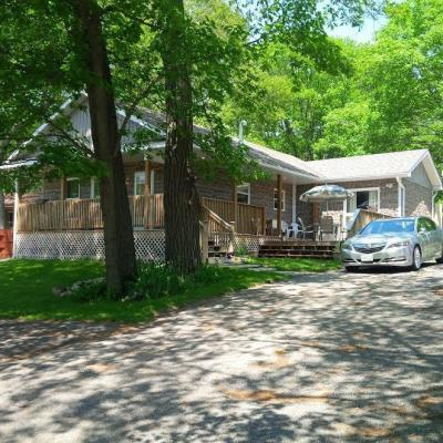 Photo of 1183 Bayview Drive, Constance Bay, Ontario K0A3M0