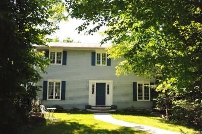 Photo of 2391 Overdale Drive, Cumberland, Ontario K4C1B8