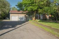 201 Stanley Crescent, Russell, Ontario K4R1E5