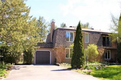 Photo of 5443 Riverside Crescent, Manotick, Ontario K4M1G9