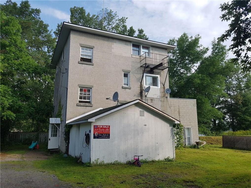25 Duncan Street Unit#2, Jasper, Ontario K0G1G0