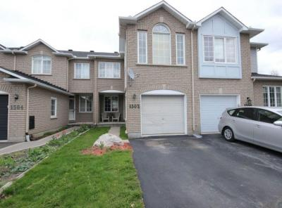 Photo of 1502 Tonilee Drive, Ottawa, Ontario K1J1C4