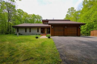 Photo of 1355 Minogue Crescent, Cumberland, Ontario K4C1B4