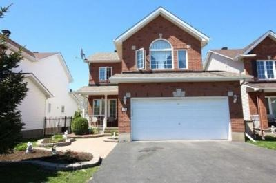 Photo of 1099 Ambercrest Street, Ottawa, Ontario K1J1G3