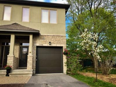 Photo of B-699 Edison Avenue, Ottawa, Ontario K2A1W2