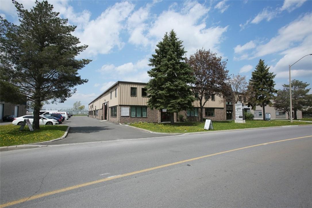 42 Antares Drive Unit#114, Ottawa, Ontario K2E7Y4