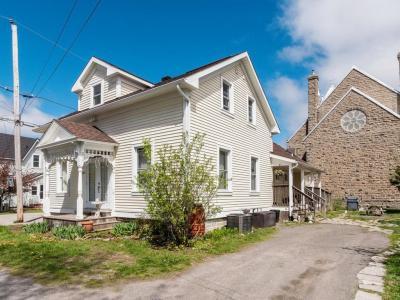 Photo of 223 Wellington W Street, Merrickville, Ontario K0G1N0