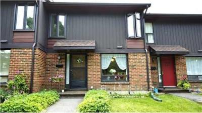 Photo of 860 Cahill Drive Unit#118, Ottawa, Ontario K1V9A3