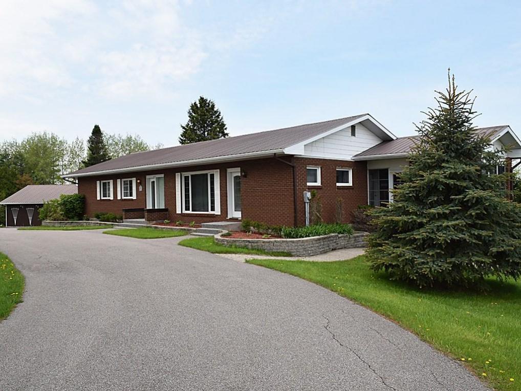 254 Tatty Hill Road, Calabogie, Ontario K0J1H0