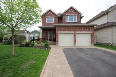 Photo of 310 Creston Valley Way, Ottawa, Ontario K1T0A1