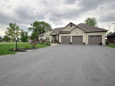 Photo of 6878 South Village Drive, Greely, Ontario K4P0A4