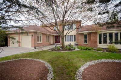 Photo of 13 Ratan Court, Ottawa, Ontario K1V0B2