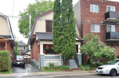 Photo of 88 Rosemount Avenue, Ottawa, Ontario K1Y1P6