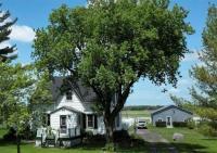 7651 County Road 10 Road, Vankleek Hill, Ontario K0B1R0