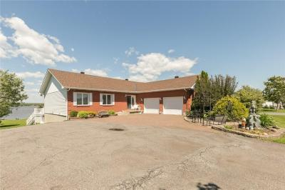 Photo of 3275 Front Rd Road, Hawkesbury, Ontario K6A2R2