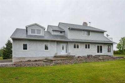 Photo of 295 Davis Road, Merrickville, Ontario K0G1N0