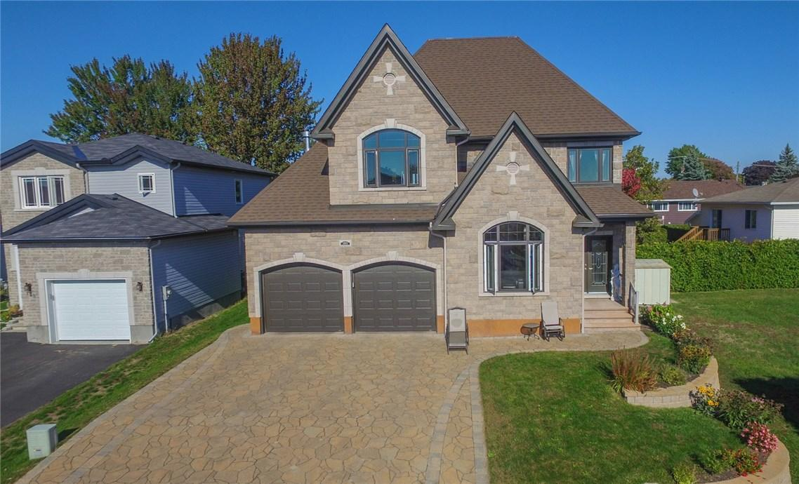 195 Charron Street, Rockland, Ontario K4K0E5