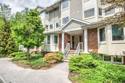 Photo of 1400 Wildberry Court Unit#29, Ottawa, Ontario K1C7K6