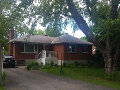 Photo of 3 Dunham Street, Gloucester, Ontario K1J7L5