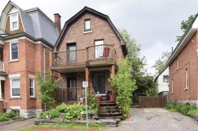 Photo of 23 Rupert Street, Ottawa, Ontario K1S3S2