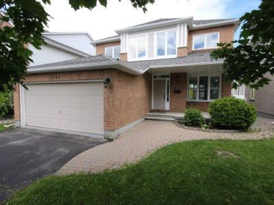 Photo of 2994 Sable Ridge Drive, Gloucester, Ontario K1T3S3