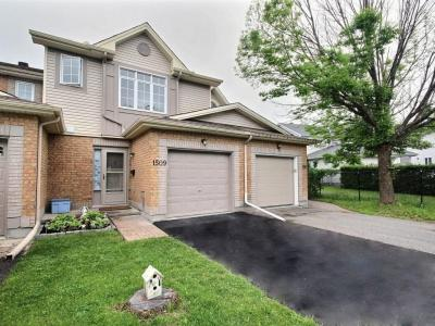 Photo of 1509 Bonneville Crescent, Orleans, Ontario K1C7N1