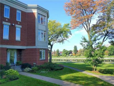 Photo of 43 Kings Landing Private, Ottawa, Ontario M4L6S8