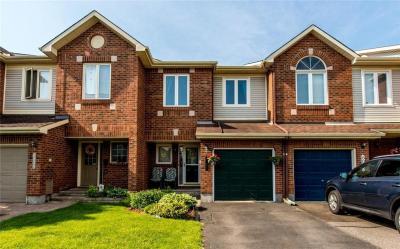 Photo of 6062 Pineglade Crescent, Ottawa, Ontario K1W1H1