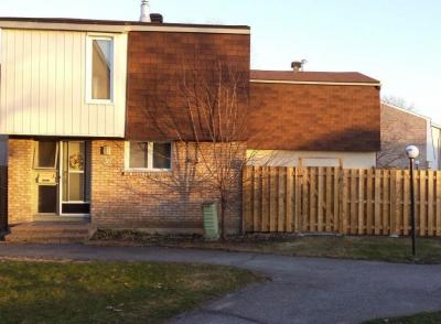 Photo of 2065 Jasmine Crescent Unit#36, Gloucester, Ontario K1J7W2