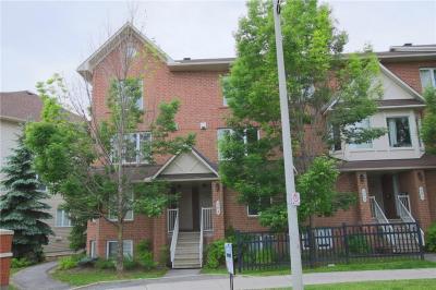 Photo of 306 Cresthaven Drive, Ottawa, Ontario K2G6W4
