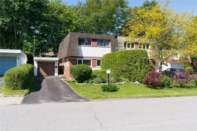 Photo of 99 Leacock Drive, Ottawa, Ontario K2K1S7