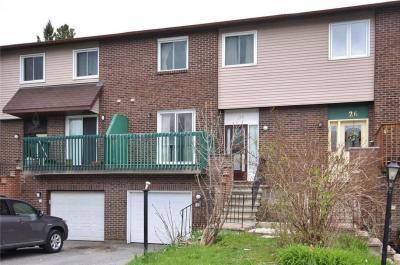 Photo of 28 Coach House Gate, Ottawa, Ontario K2E7N2