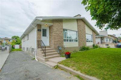 Photo of 1226 Clyde Avenue, Ottawa, Ontario K2C1Y4