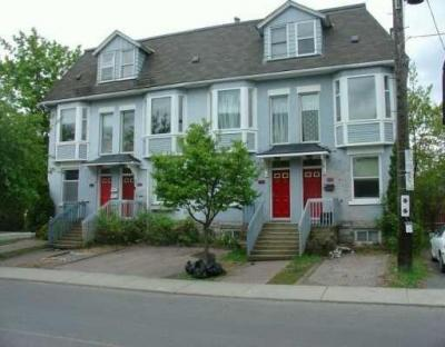 Photo of 394 Chapel Street, Ottawa, Ontario K1N7Z6
