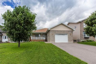 Photo of 122 Royal Court Street, Limoges, Ontario K0A2M0
