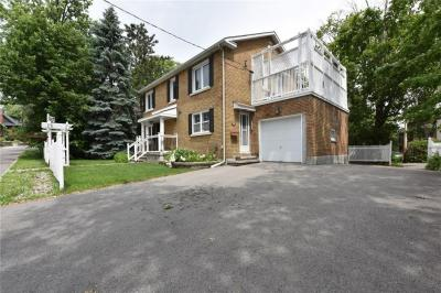 Photo of 10 Acacia Avenue, Ottawa, Ontario K1M0P2