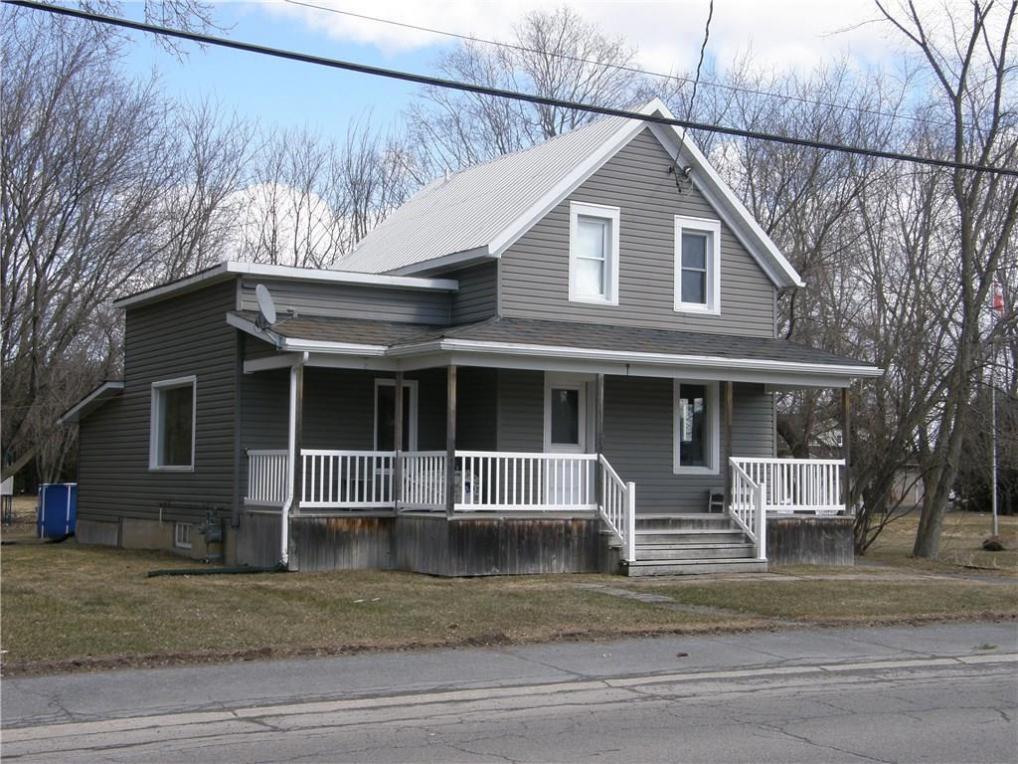 15 Cockburn Street, Berwick, Ontario K0C1G0