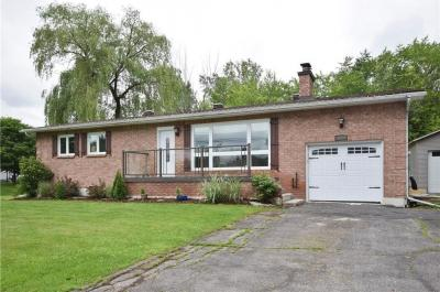 Photo of 1014 Quigley Hill Road, Cumberland, Ontario K4C1H1