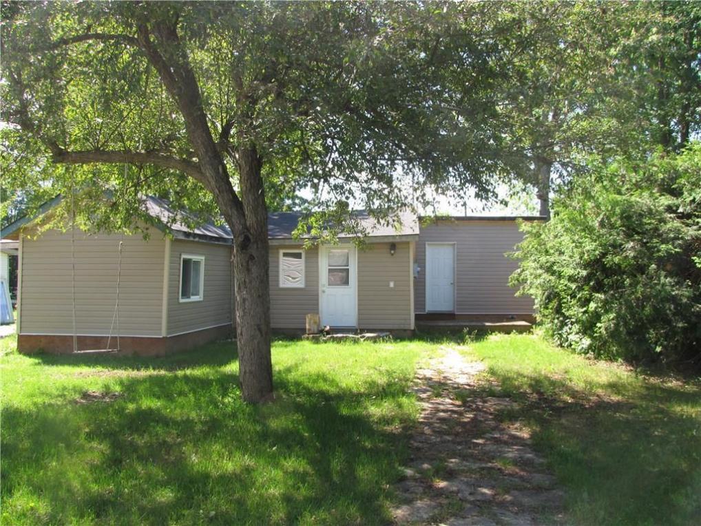 247 Isabella Street, Innisville, Ontario K7C4K9