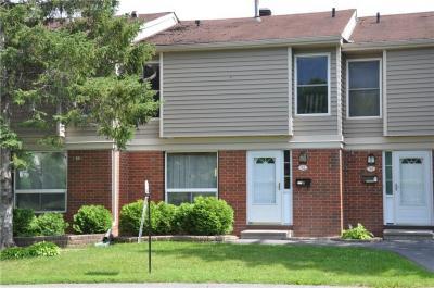 Photo of 840 Cahill Drive Unit#52, Ottawa, Ontario K1V9K5