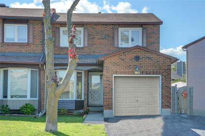 Photo of 1862 Simard Drive, Orleans, Ontario K1C2P8