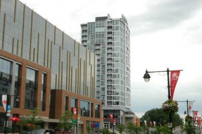 Photo of 1035 Bank Street Unit#304, Ottawa, Ontario K1S3W9