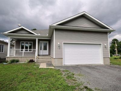 Photo of 12 Herbert Street, Limoges, Ontario K0A2M0