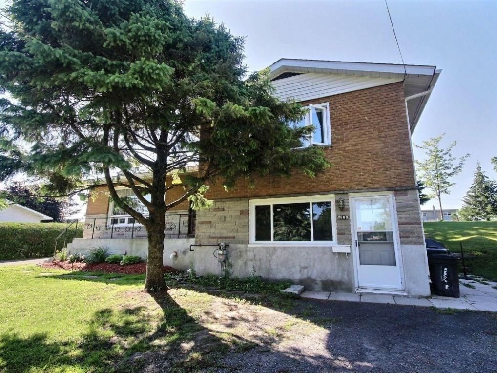 6662 Drolet Street, Orleans, Ontario K1C1K1