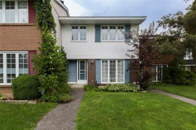 Photo of 1033 Meadowlands Drive, Ottawa, Ontario K2C0K5