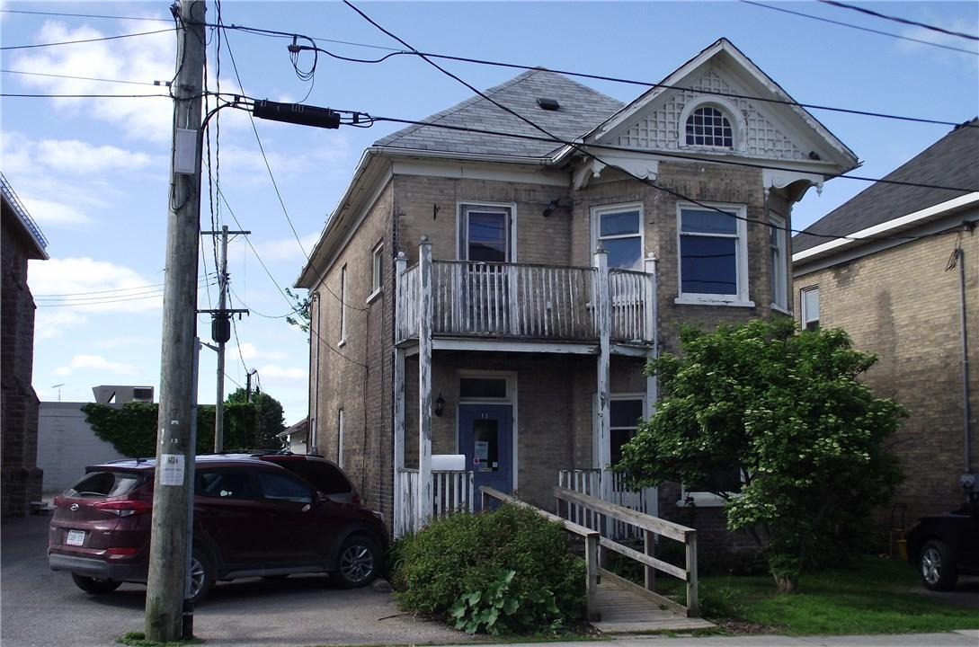 13 Church Street W, Smiths Falls, Ontario K7A1P6