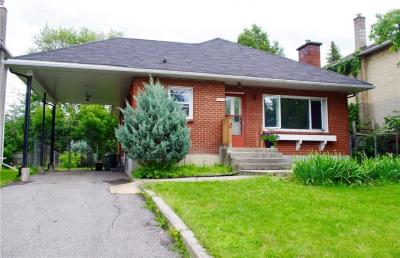 Photo of 2431 Huntley Avenue, Ottawa, Ontario K1V8E5