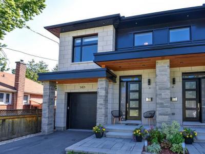 Photo of 565 Tweedsmuir Avenue, Ottawa, Ontario K1Z5P4