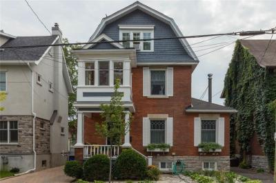 Photo of 16 Ossington Avenue, Ottawa, Ontario K1S3B4