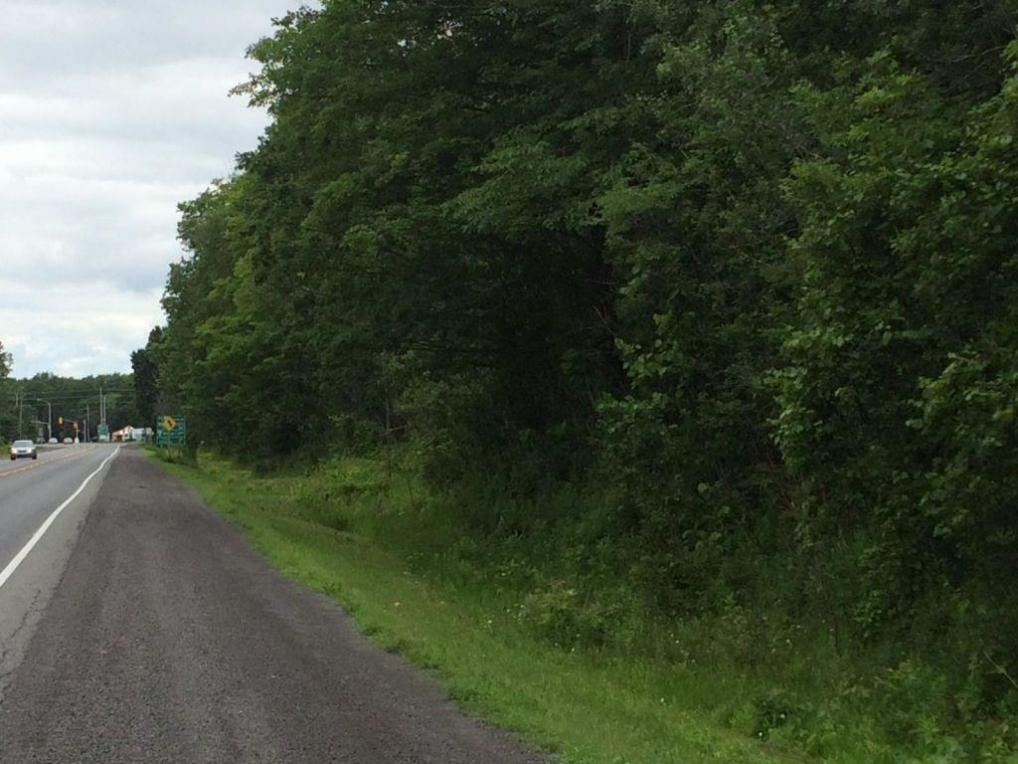 Lot 16/17 Highway 17 Highway, Clarence-rockland, Ontario K0A1N0